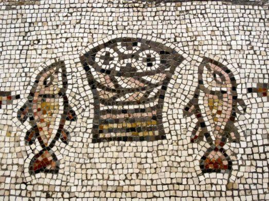 Feeding 5000 mosaic